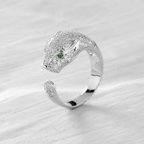 Green eyes. Leopard ring in silver